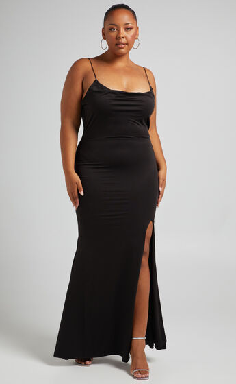 Tasteful Dress in Black