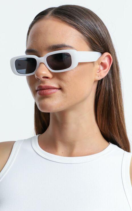 Reality Eyewear - Xray Spex Sunglasses in White Smoke