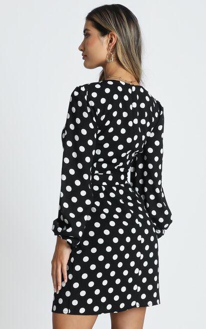 Innovator Dress in black spot - 20 (XXXXL), Black, hi-res image number null