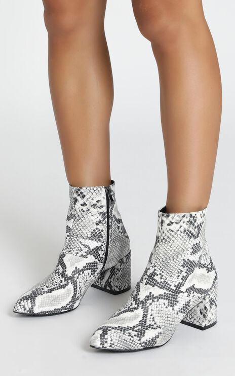 Therapy - Sidney Boots In Snake