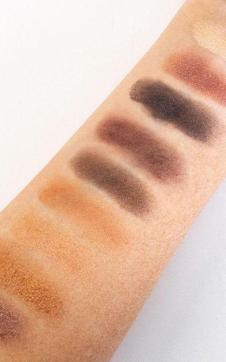 MCoBeauty - Eyeshadow Palette In Smokey Nudes