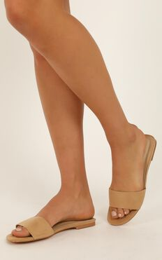 Therapy - Minnie Slides In Camel Micro
