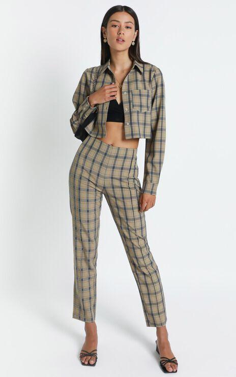 Nefeli Pants in Mocha Check