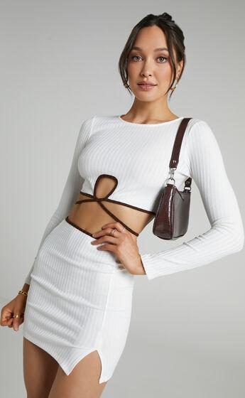 Anakie Longsleeve Mini Contrast Binded Two Piece Set in White
