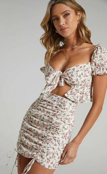 Joel Two Piece Set in White Floral