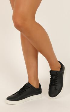 Verali - Wreckless Sneakers In Black Smooth