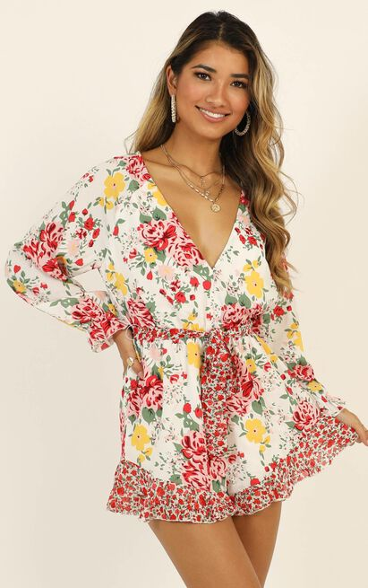 European Sunset Playsuit in white floral - 20 (XXXXL), White, hi-res image number null