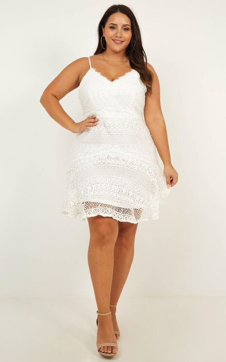 Mirage Of Love Lace Dress In White Lace