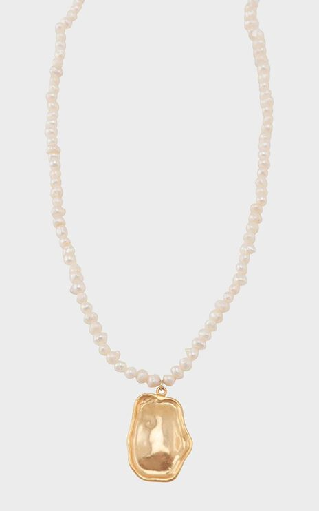 Jolie & Deen - Martina Pearl Necklace in Gold