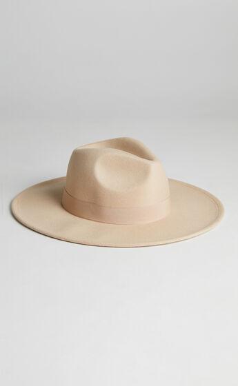 Jazmyne Hat in Beige