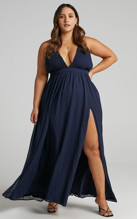 Shes A Delight Maxi Dress In Navy