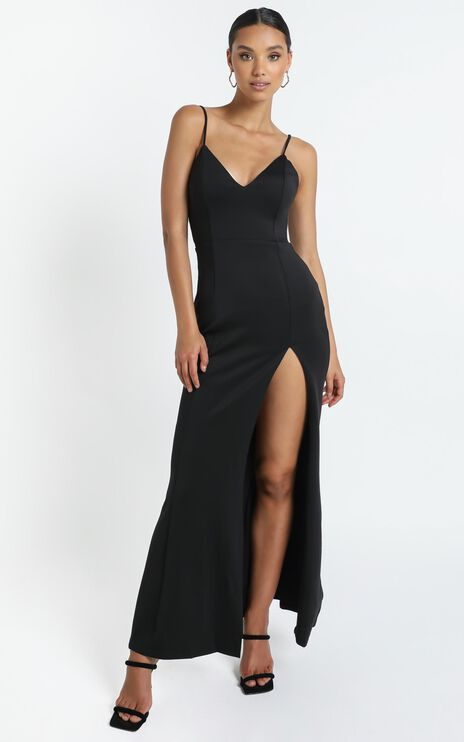 Dare To Dream Maxi Dress in Black