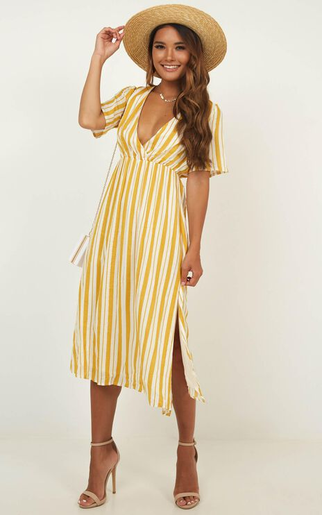 Sunday Brunching Dress In Yellow Stripe