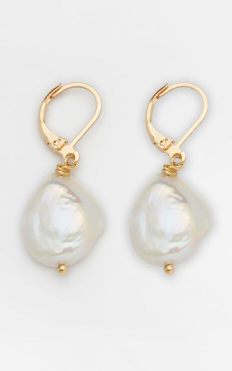 Reliquia - Mini Keshi Pearl Earrings in Gold
