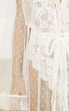 Feeling Love Bride Robe In White Mesh