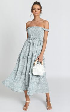 Looking Flawless Maxi Dress In Sage Floral