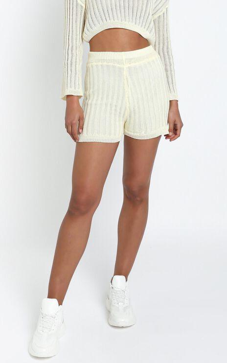 Divina Shorts in Cream
