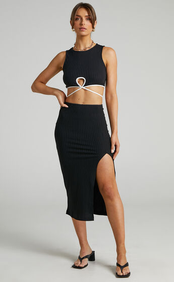 Blake Short Sleeve Mini Contrast Binded Two Piece in Black