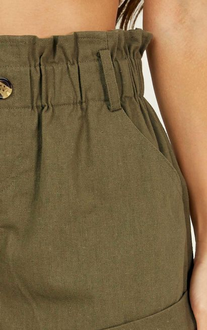 Cool and Calm Shorts in khaki linen look - 12 (L), Khaki, hi-res image number null