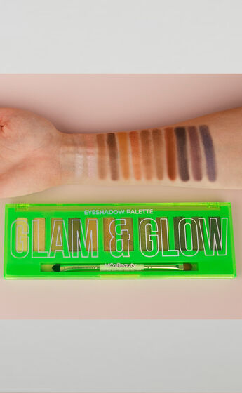 MCoBeauty - 12 Shade Eyeshadow Palette in Naturals