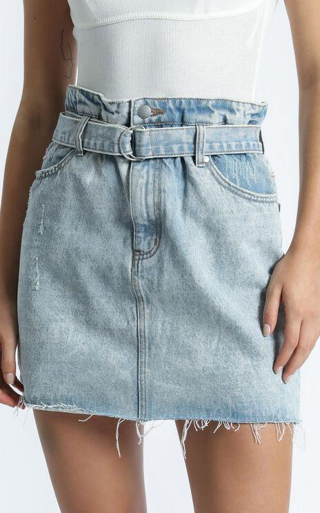 Twiin - Cinch Skirt in Light Blue Wash