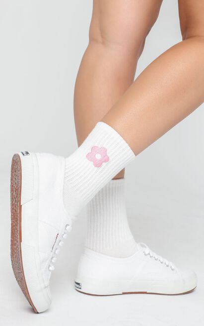 Fashion Footprint Flower Socks in White and Lilac, , hi-res image number null