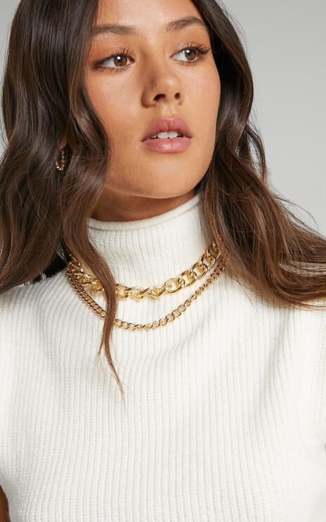 Acadia Necklace in Gold