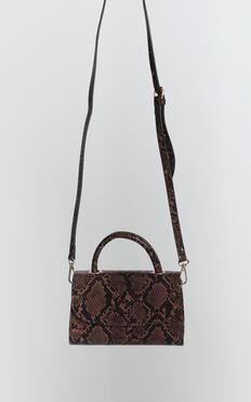 Quick Glimpse Bag In Brown Snake