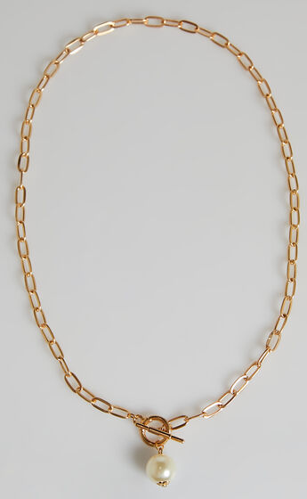 Rilee Necklace in Gold