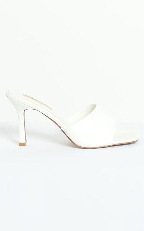 Billini - Stormi Heels in White