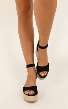 Billini - Perla Wedges In Black Nubuck