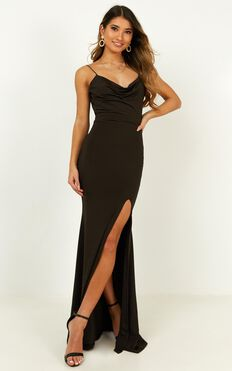Tasteful Dress In Black