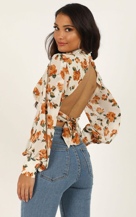 Things I Do Top In Cream Floral