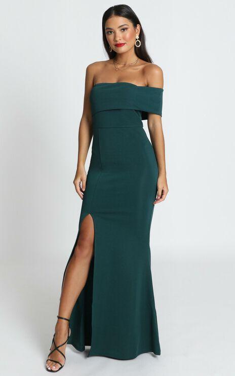 Glamour Girl Maxi Dress In Emerald