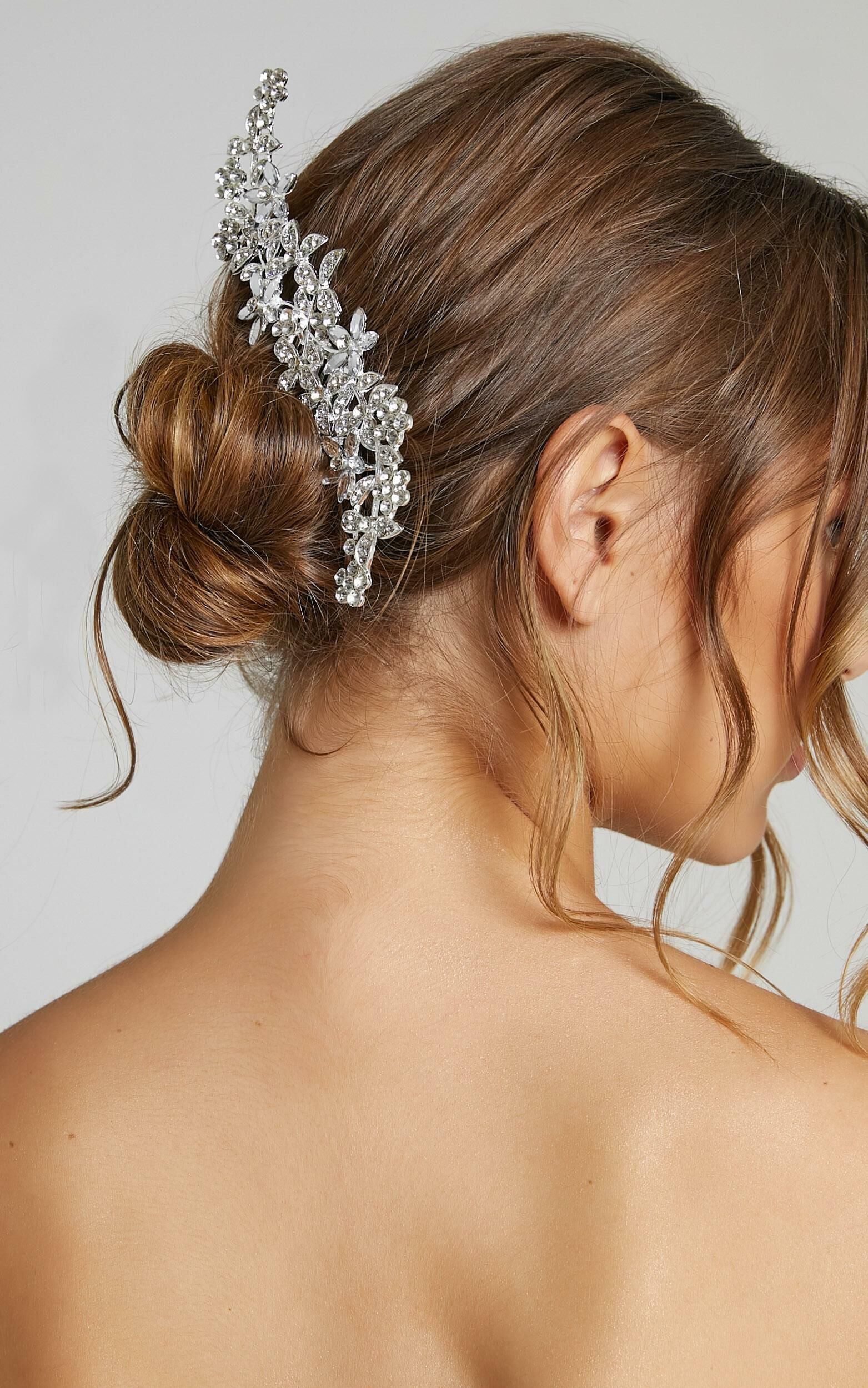 Only One Hair Piece in Silver, SLV1, super-hi-res image number null