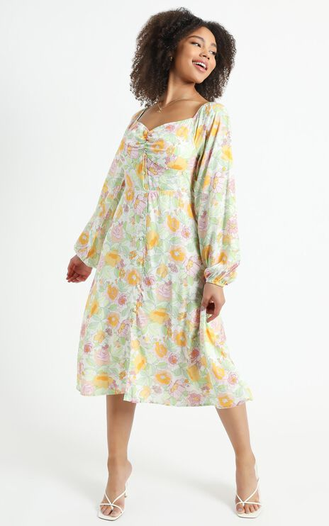 Erinia Dress in Linear Floral