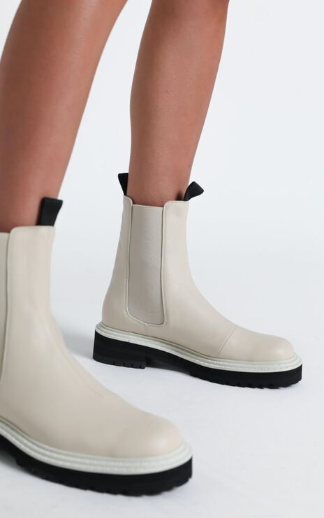 Alias Mae - Romi Boots in Bone Tumble