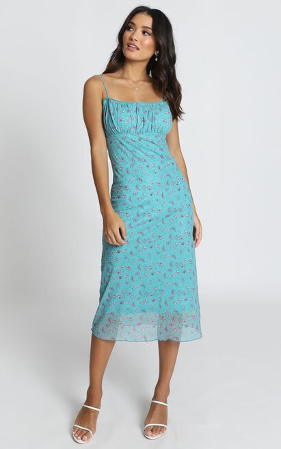 Floral Arrangement dress in blue floral - 16 (XXL), Blue, hi-res image number null