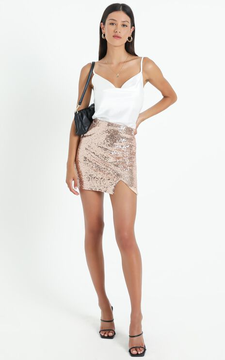 Its Fair Game Skirt In Rose Gold Sequin