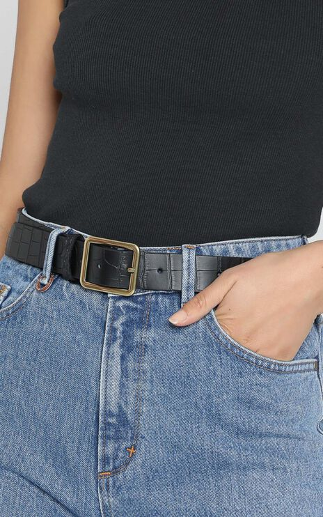 Trinitee Belt in Black and Gold