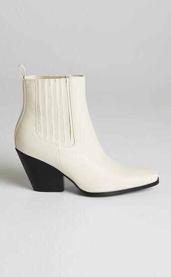 Billini - Calabasas Boots in Bone