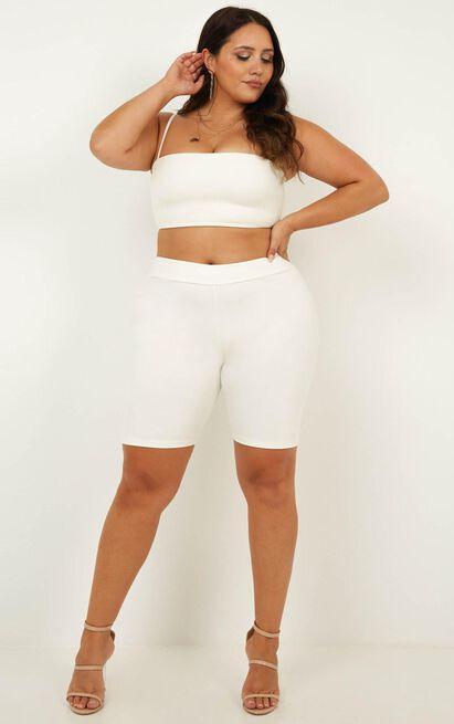 Kiki Shorts in white - 20 (XXXXL), White, hi-res image number null