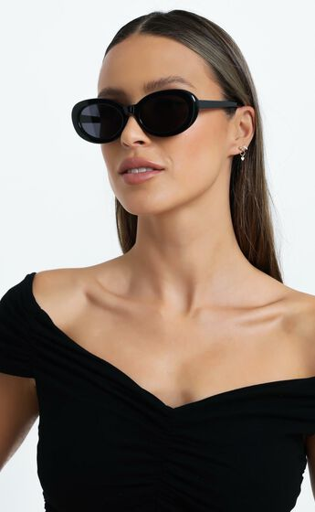 Luv Lou - The Estelle Sunglasses in Jet Black