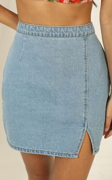 Not Kidding Around Skirt In Light Vintage Wash Denim