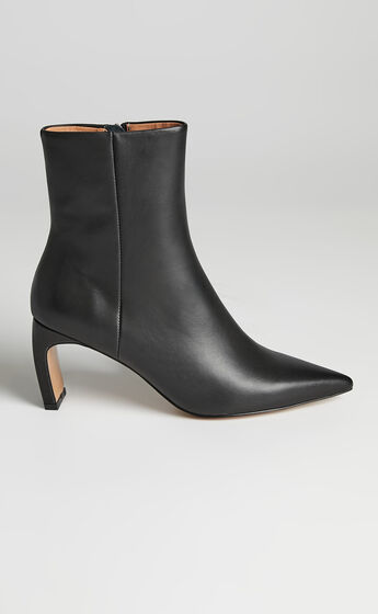 Alias Mae - Jameen Boots in Black Burnished