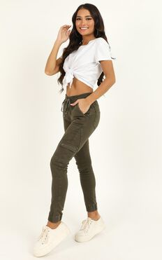 Claire Jeans In Khaki Denim
