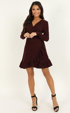 Eyes Talk Dress In Wine