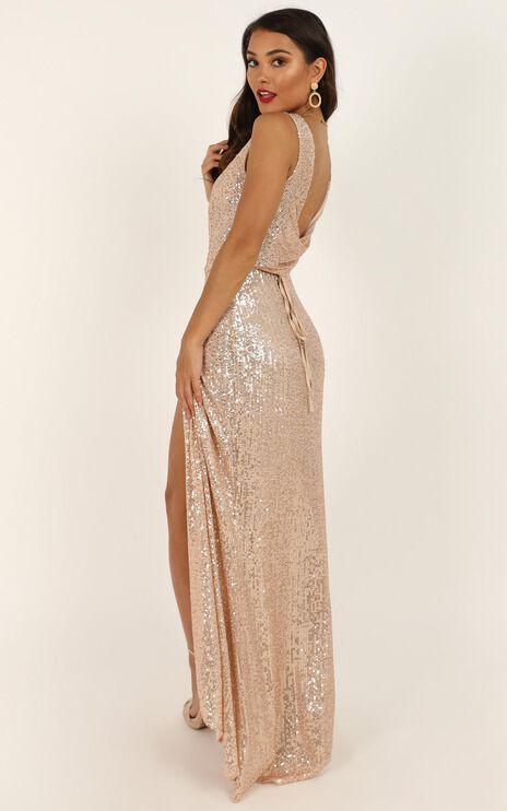 Feeling Pretty Dress In Gold Sequin