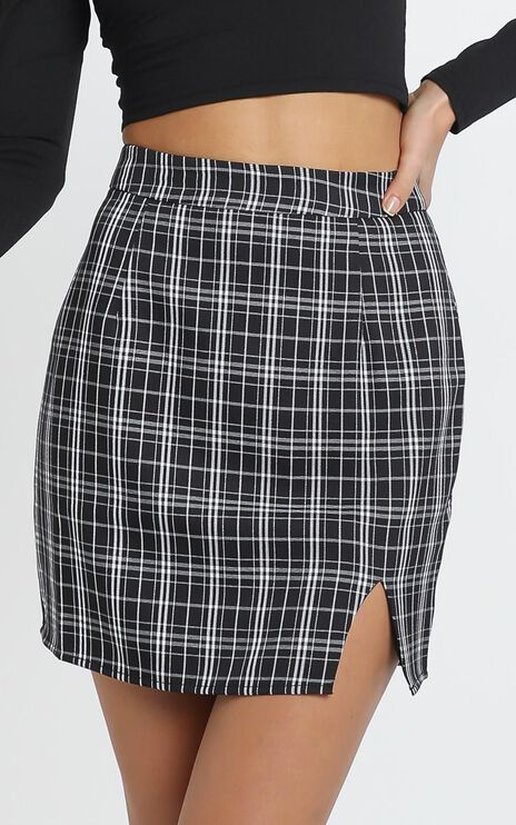First Editions Skirt In Black Check