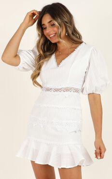 Grand Gesture Dress In White